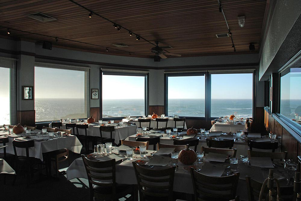 Ocean View Dining Room Set For Wedding Reception
